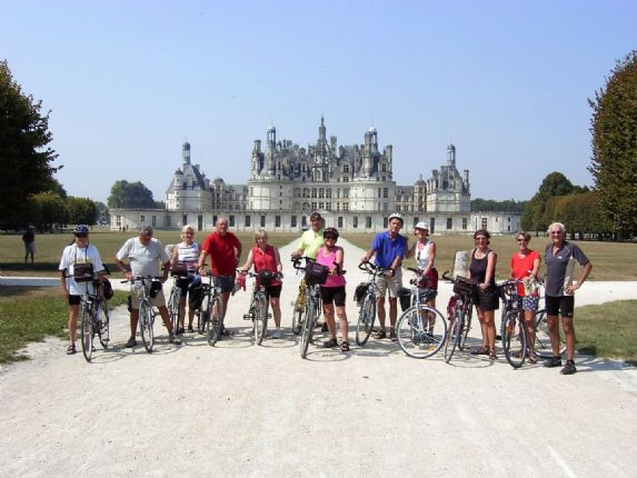 France - Chateaux of the Loire - Group Cycling Holiday Thumbnail